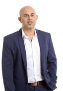 יועץ מס (משפטן) אייל אלון, משנה לנשיא לשכת יועצי המס ויו״ר מרחב תל אביב משבר האמון של ציבור העצמאים עלול לייצר כלכלה שחורה