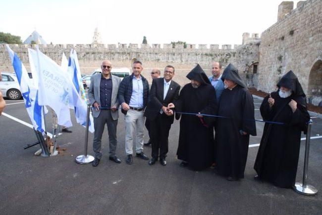 כ-180 מקומות חניה על פני 6 דונם:  נחנך חניון הפטריארכיה הארמנית החדש בעיר העתיקה בירושלים